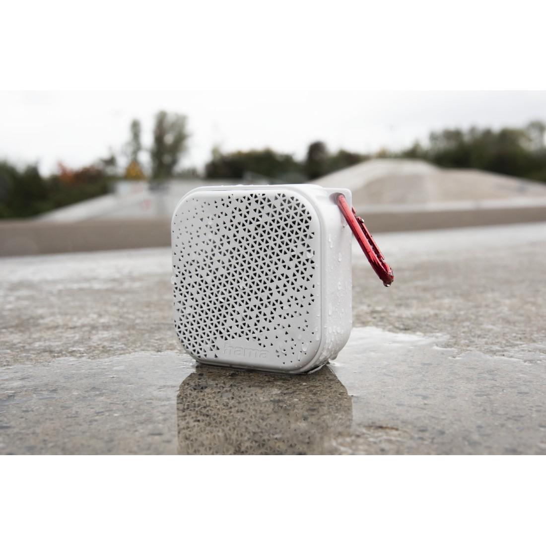 "awx4 High-Res Appliance 4 - Hama, Bluetooth® ""Pocket 2.0"" Loudspeaker, Waterproof, 3.5 W, white"