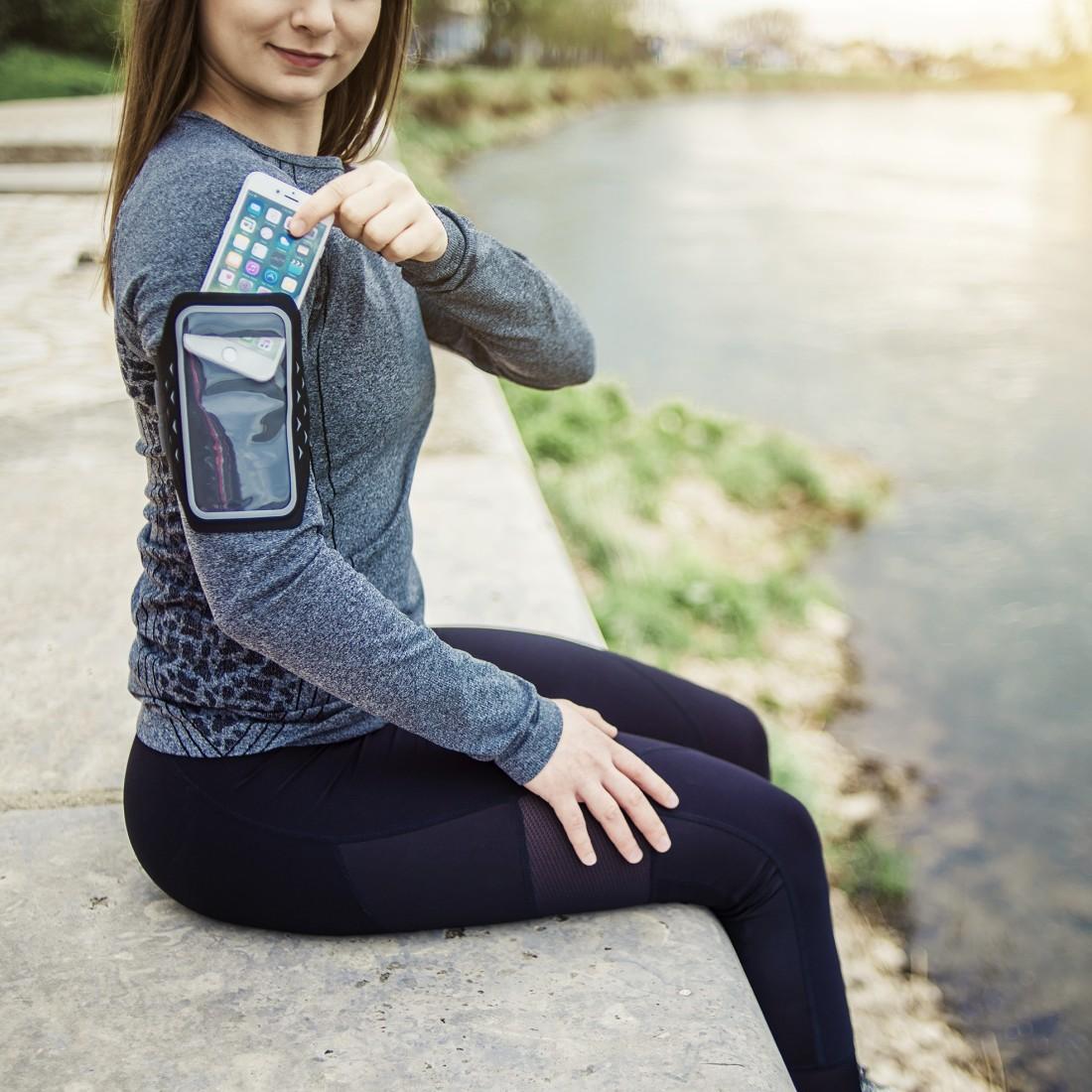 Hama-iPhone8-Tasche