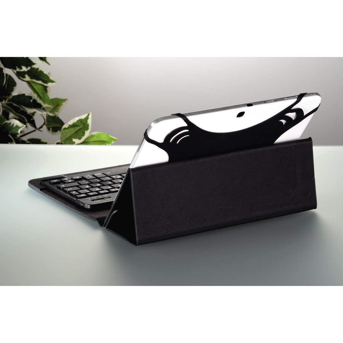 "awx4 High-Res Appliance 4 - Hama, Bluetooth® Keyboard with ""KEY4ALL X3100"" Tablet Bag"