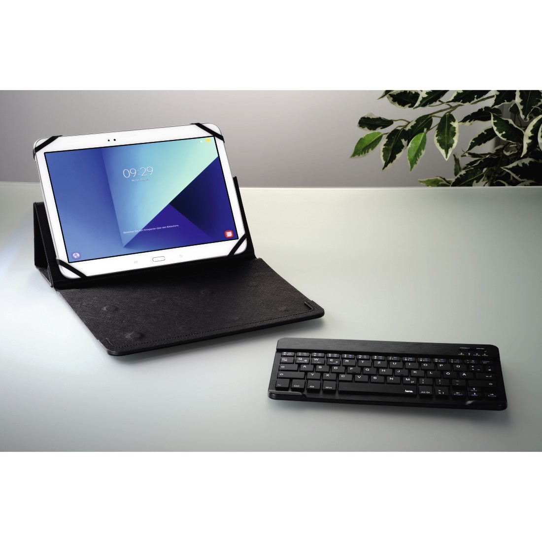 "awx5 High-Res Appliance 5 - Hama, Bluetooth® Keyboard with ""KEY4ALL X3100"" Tablet Bag"